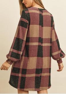 Long Sleeve Checkered Knit Dress - Wine